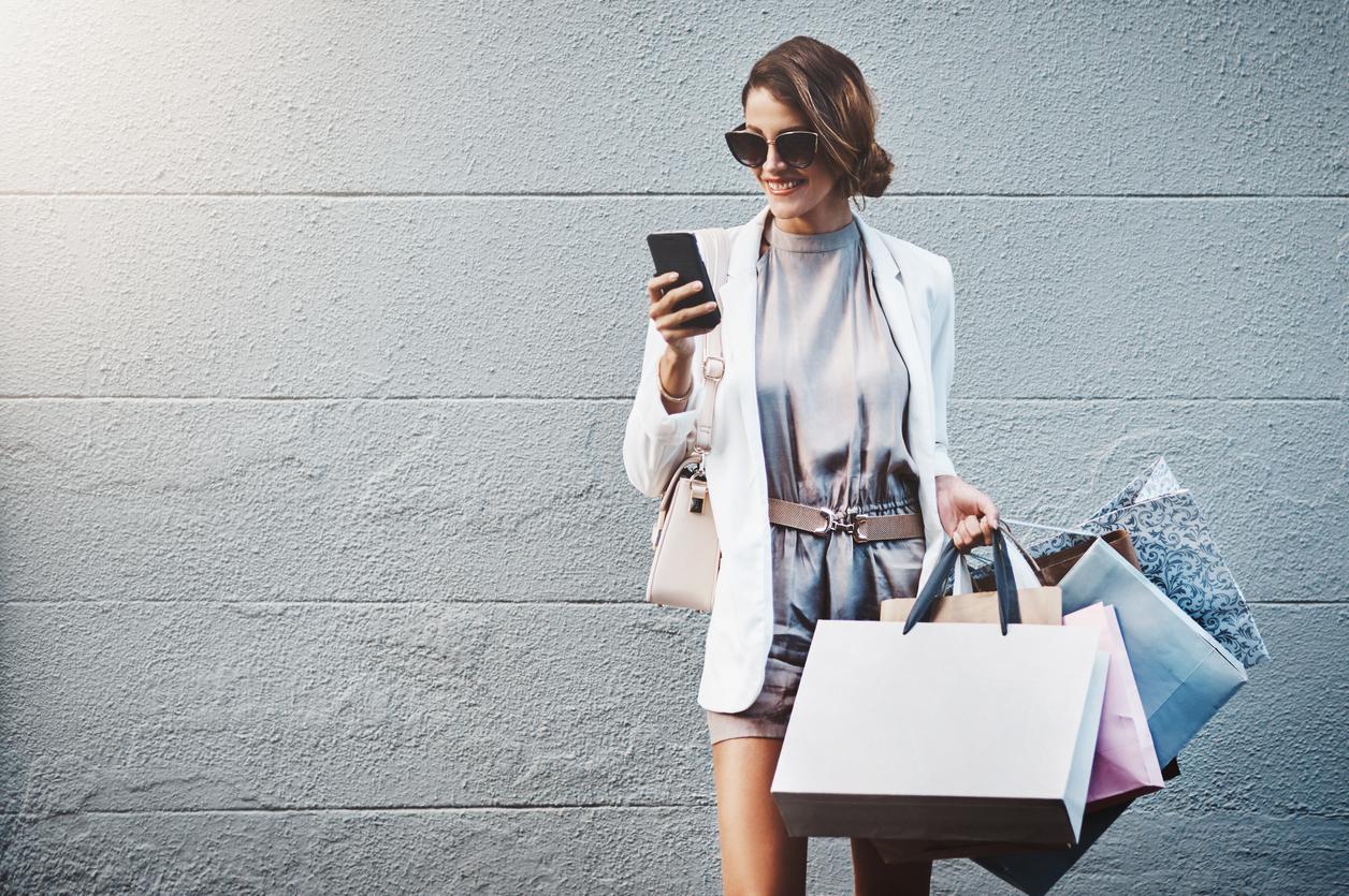 Elektronische Läden für Kleider